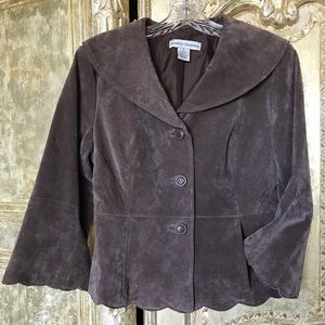 Bamboo Traders scalloped suede leather jacket